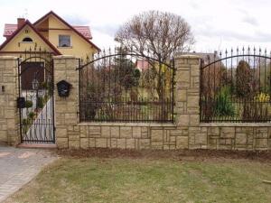 каменный забор, ковка