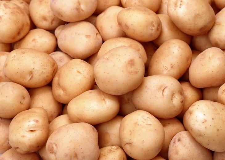 В качестве посадочного материала используются клубни картофеля