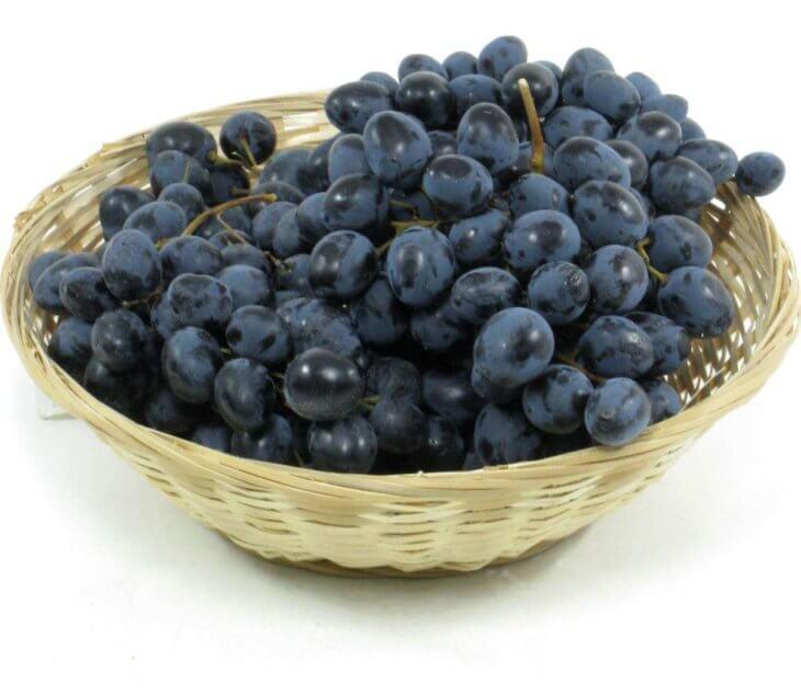 Урожай винограда у себя в огороде